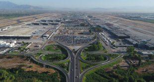 aeropuerto_internacional_arturo_merino_benitez_ref01